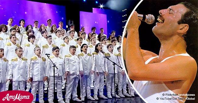 Une chorale de jeunes a envoûté les juges avec leur interprétation très touchante de Bohemian Rhapsody