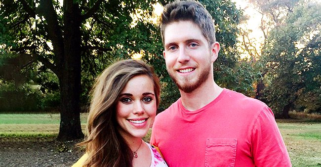 Jessa Duggar Shares Photo from Grocery Date Night with Clean-Shaven Husband Ben Seewald