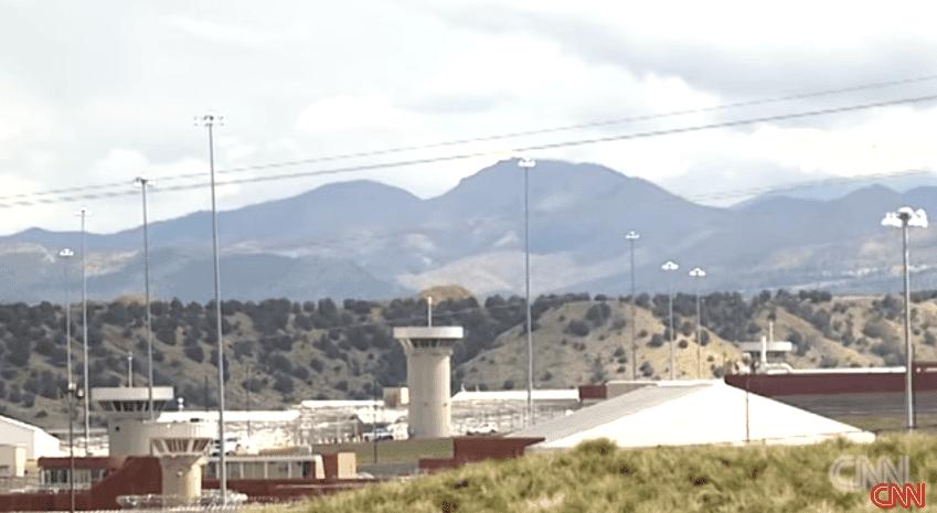 Prisión de máxima seguridad. | Imagen tomada de: YouTube/CNN