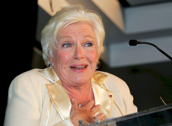 Line Renaud prononçant un discours. l Source: Getty Images