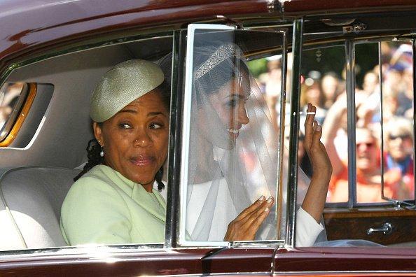 Doria Ragland und Meghan Markle während der Hochzeit 2018 | Quelle: Getty Images