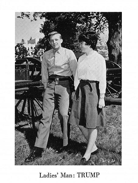 """Donald Trump en 1964, surnommé """"Homme à femmes"""". l Source : Wikimedia Commons"""
