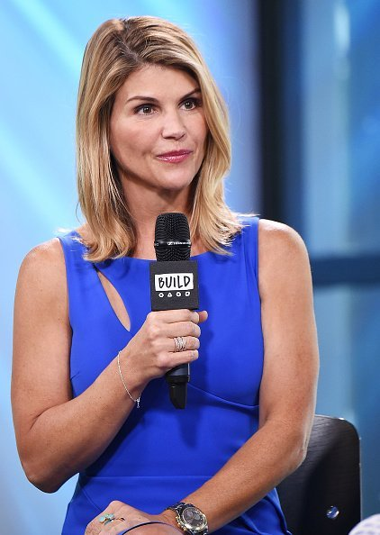 Lori Loughlin visits the Build Series to discuss the show 'Fuller House' at Build Studio on August 3, 2017, in New York City. | Source: Getty Images.