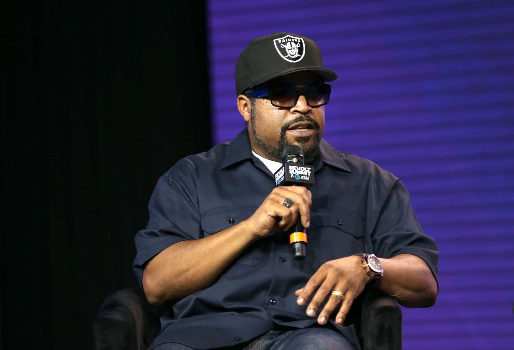 Ice Cube speaks onstage during the REVOLT X AT&T Summit In Los Angeles at Magic Box on October 27, 2019. | Photo: Getty Images