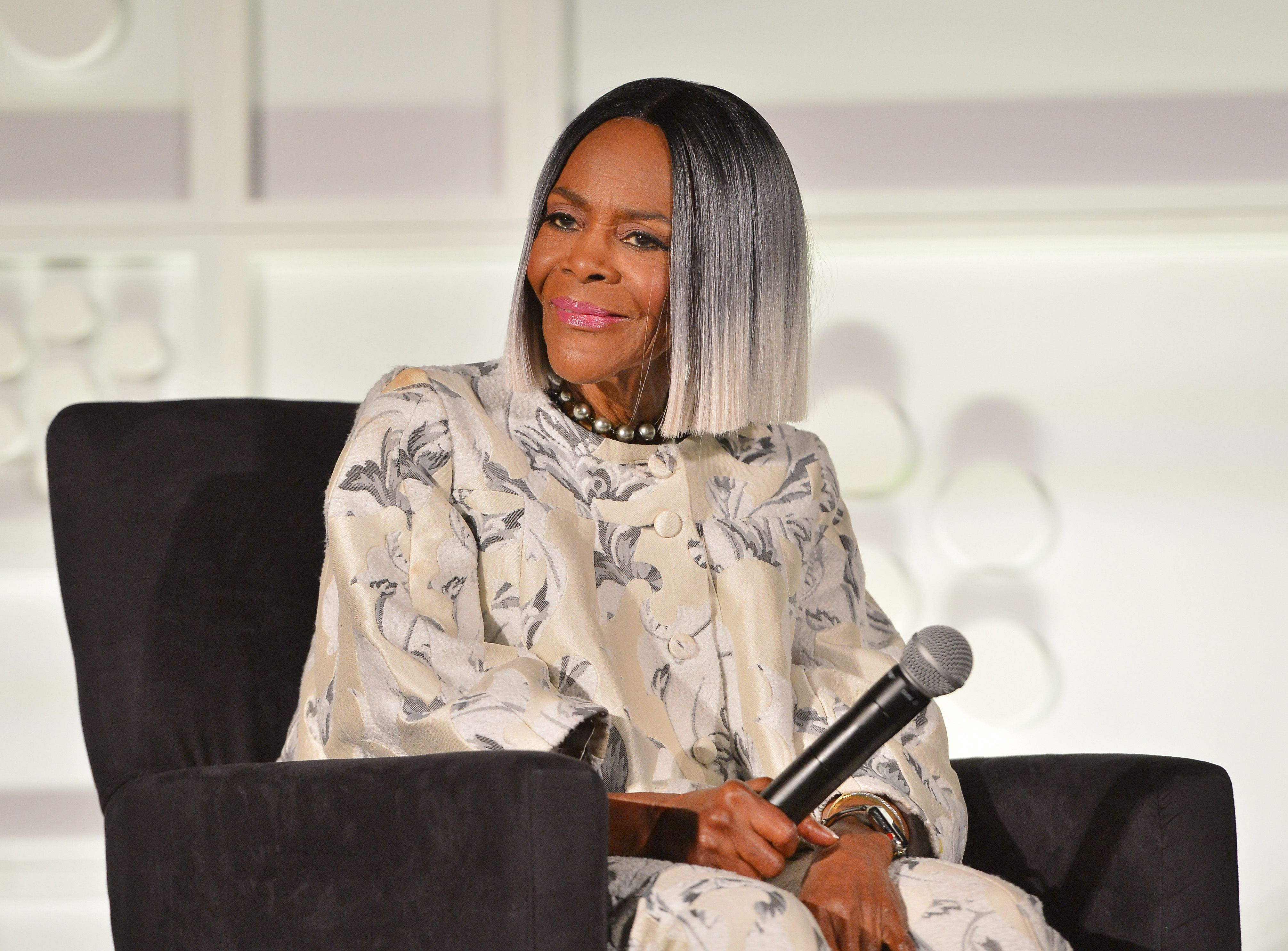 Actor Cicely Tyson speaks onstage at the screening of 'Sounder' at Day 2 of the 2018 TCM Classic Film Festival on April 27, 2018 | Photo: Getty Images