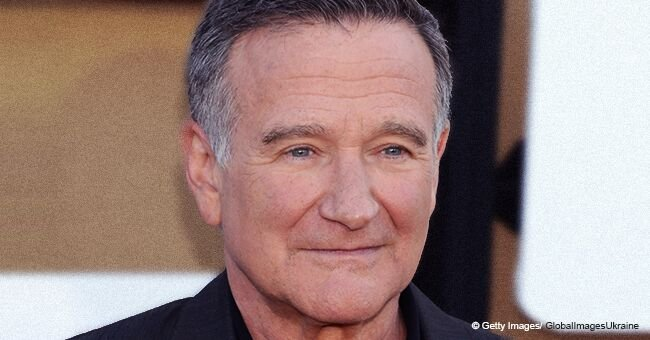 Iconic Video of Robin Williams Kneeling Proved How Patriotic and Respectful He Was to Our Flag