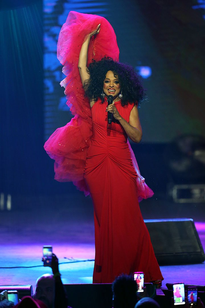 """Diana Ross performs on stage during the 2019 World AIDS Day Concert """"Keep the Promise"""" of AIDS Healthcare Foundation at The Bomb Factory in Dallas, Texas in November 2019. I Image: Getty Images."""