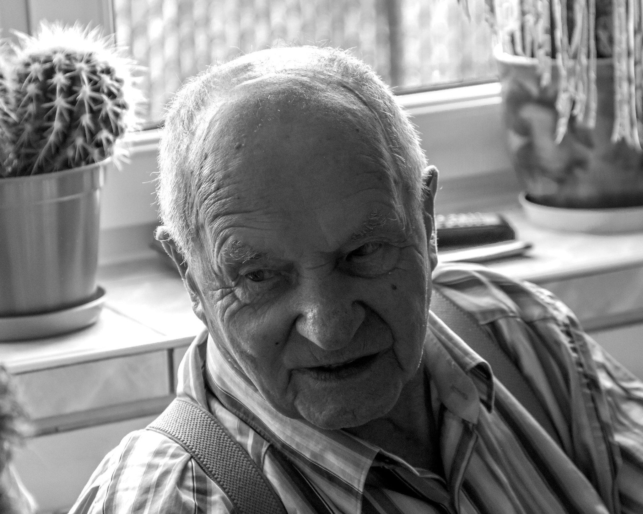 A grandfather | Photo: Flickr.com