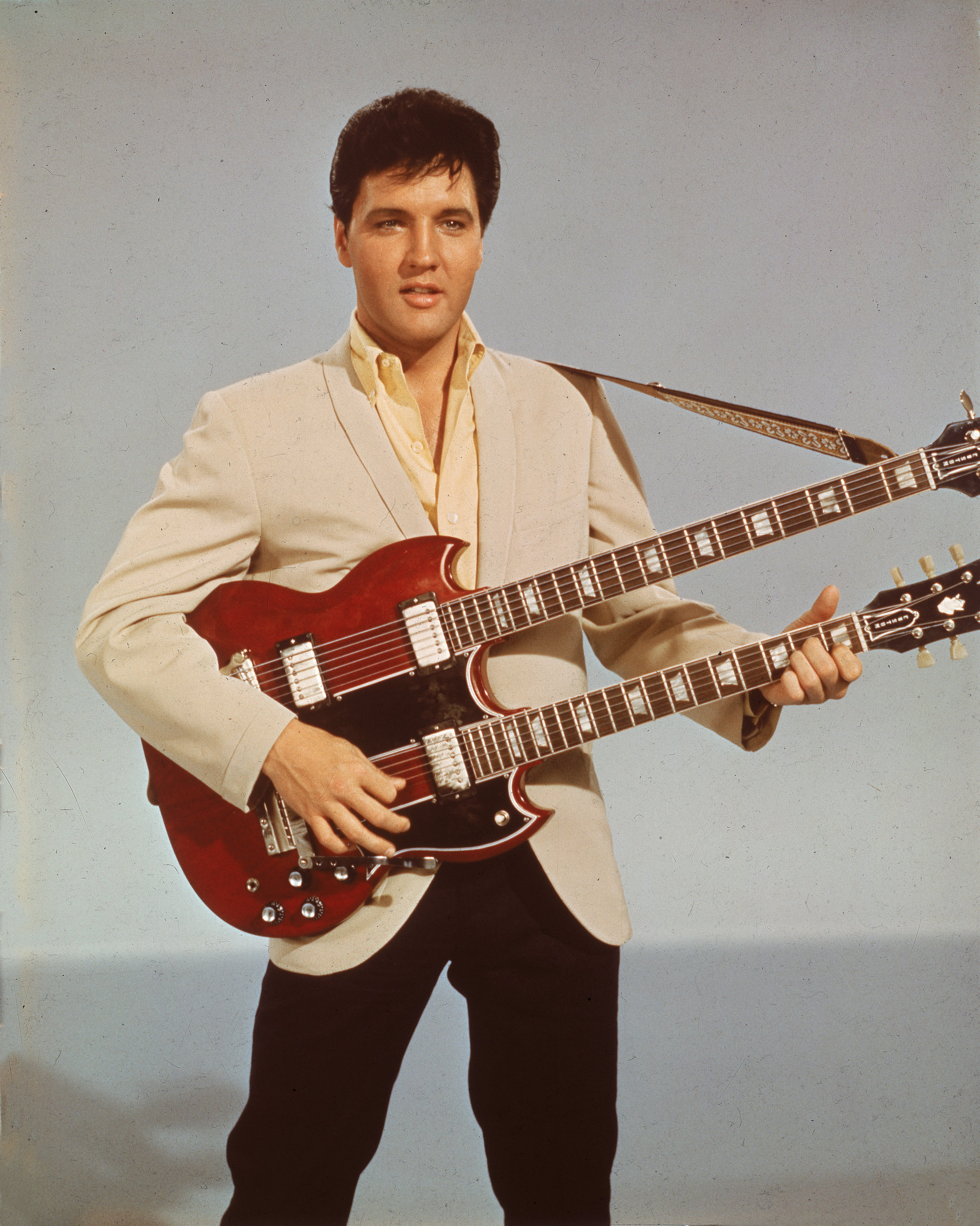 At 36, legendary musician Elvis Presley received a Grammy Lifetime Achievement Award in 1971. Photo: Getty Images