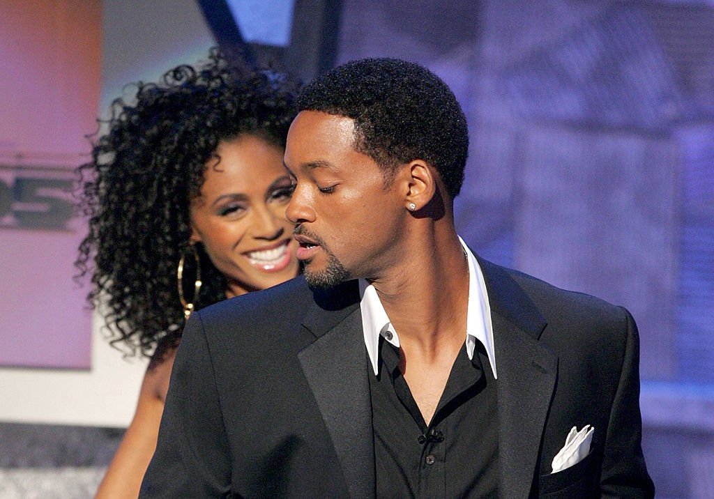 Will and Jada speak onstage at the BET Awards 05 at the Kodak Theatre on June 28, 2005 in Hollywood | Photo: Getty Images