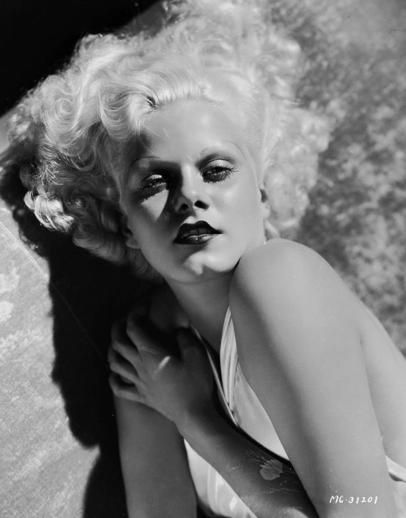 American film star Jean Harlow (1911 - 1937), who was engaged to actor William Powell at the time of her early demise. | Source: Getty Images