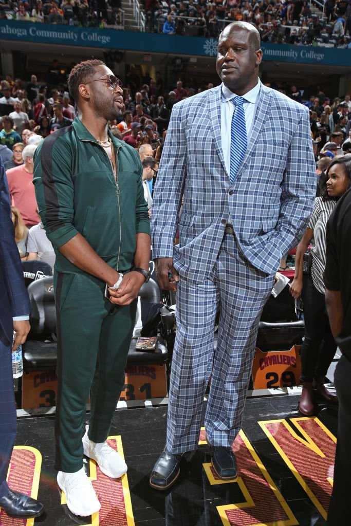 Dwyane Wade #3 of the Chicago Bulls and NBA Legend, Shaquille O'Neal talk before Game Four of the 2017 NBA Finals between the Golden State Warriors and Golden State Warriors on June 9, 2017   | Photo: GettyImages