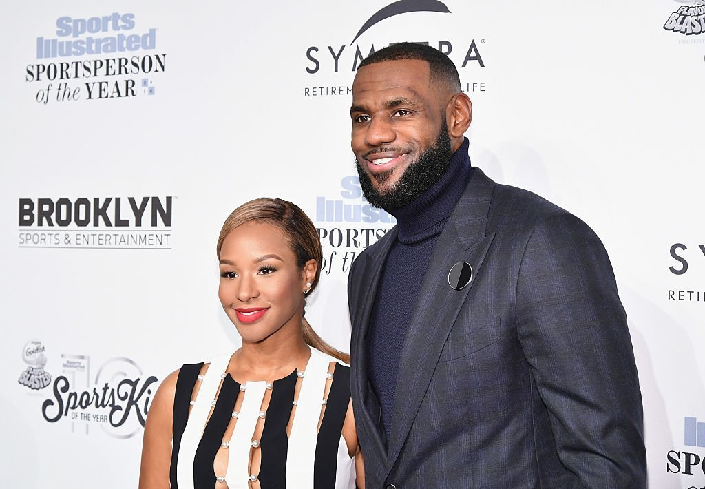 Lebron James and Savannah Brinson gracing the Sports Illustrated Sportsperson of the Year Ceremony in 2016. | Photo: Getty Images