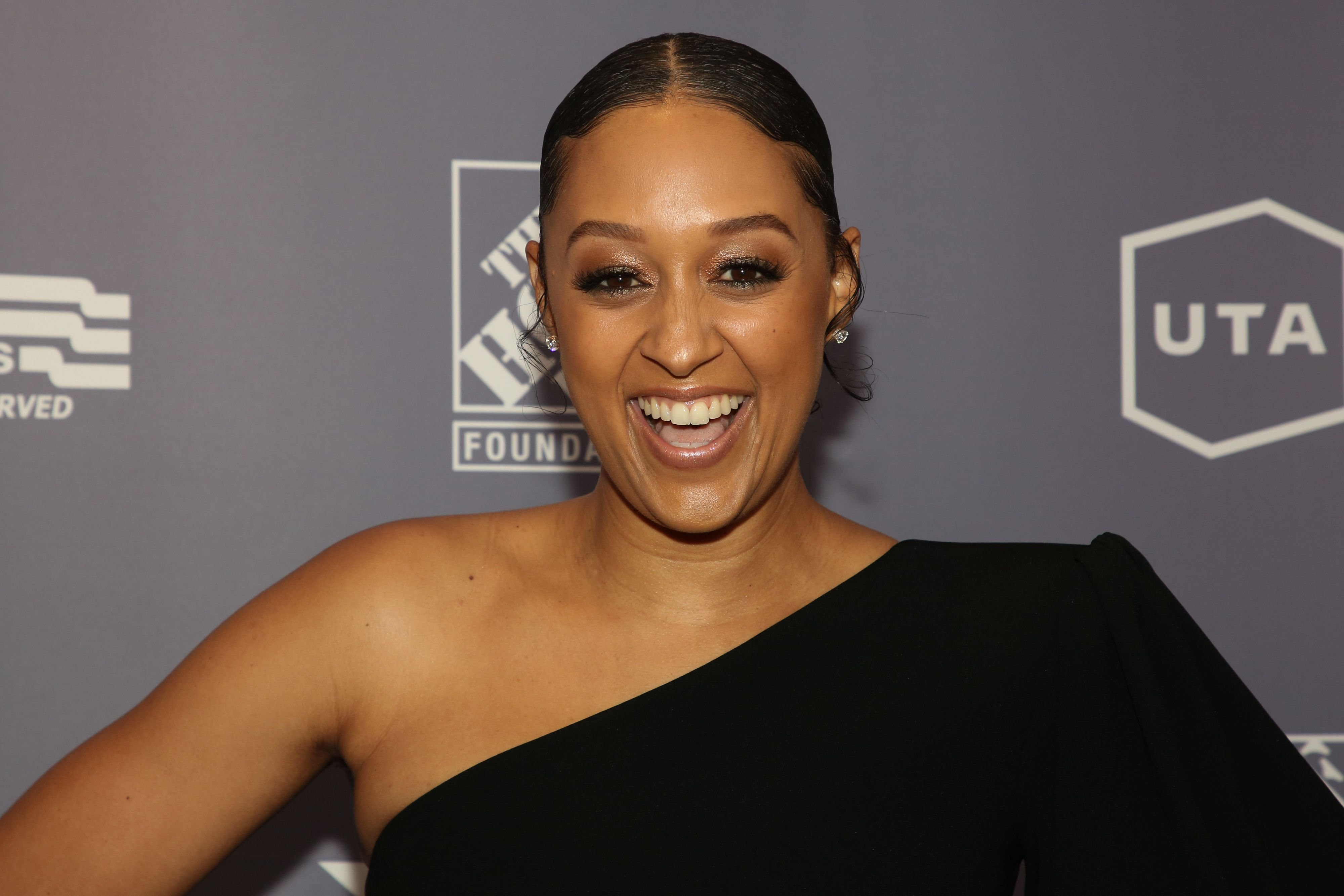 Tia Mowry at the 2019 US Vets Salute Gala on November 05, 2019 in Beverly Hills.   Photo: Getty Images