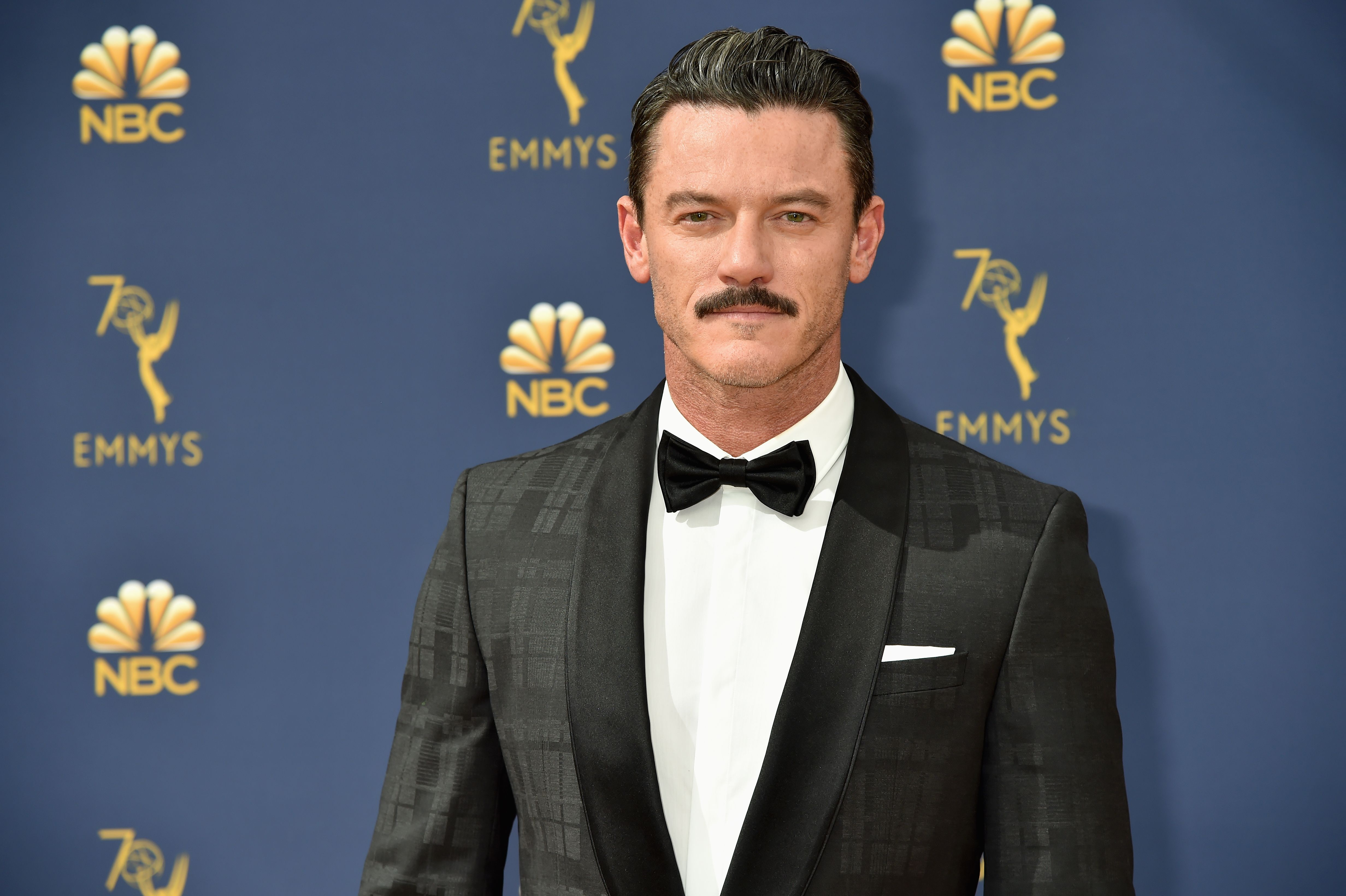 Luke Evans attends the 70th Emmy Awards at Microsoft Theater on September 17, 2018 in Los Angeles, California. | Photo: Getty Images