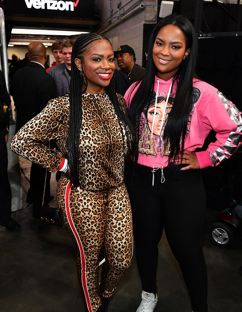 Kandi Burruss and Riley Burruss attend the game between the Los Angeles Lakers and the Atlanta Hawks at State Farm Arena on December 15, 2019 in Atlanta, Georgia. I Image: Getty Images.
