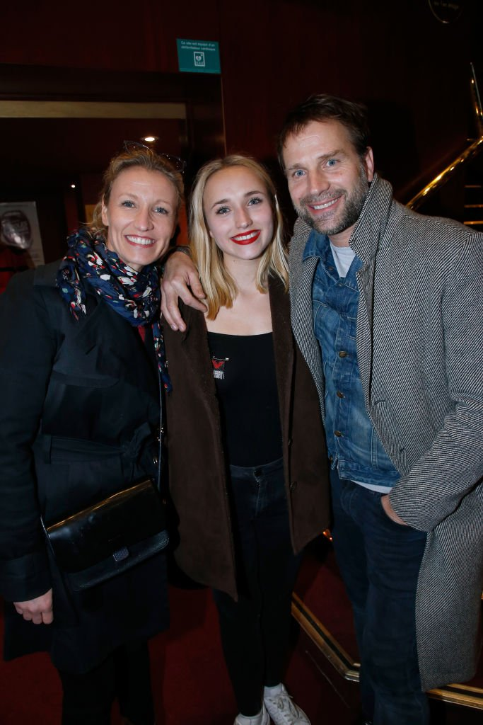 Thomas Jouannet, Alexandra Lamy et leur fille Chloé le 12 mars 2018 à Paris. l Source : Getty Images