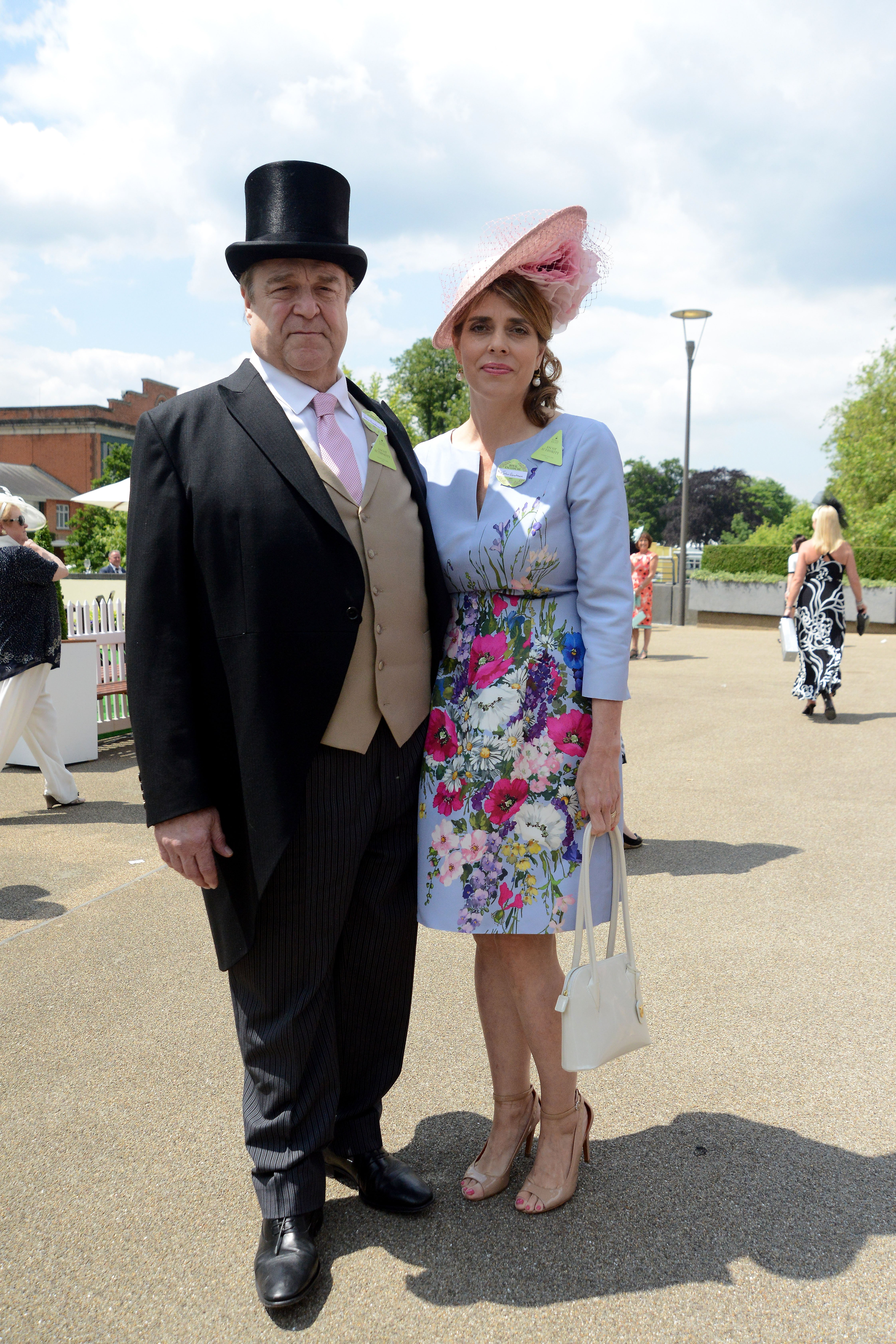 John Goodman and wife Annabeth Hartzog attend the Royal Ascot in Ascot, England on June 16, 2015 | Photo: Getty Images