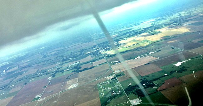 Oklahoma Pilot Encounters a Tornado and Did Not Miss the Opportunity to Ride around It