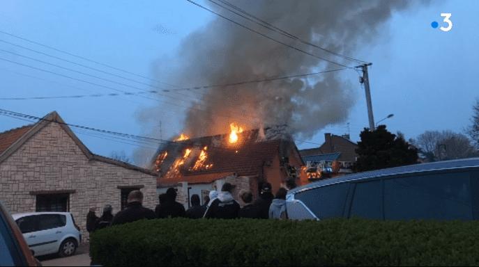 Incendie  près de Douai. | Photo : France 3 Nord Pas-de-Calais