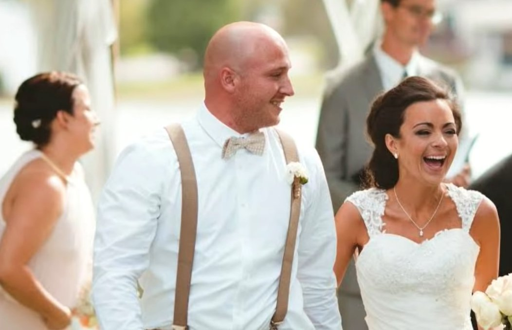Steven and Camre Curto on their wedding day   Photo: YouTube/ Inside Edition