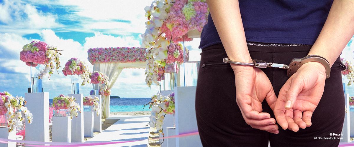 Frau verhaftet, nachdem sie angeblich 93.000 $ unterschlug, um Hochzeit ihrer Träume zu feiern