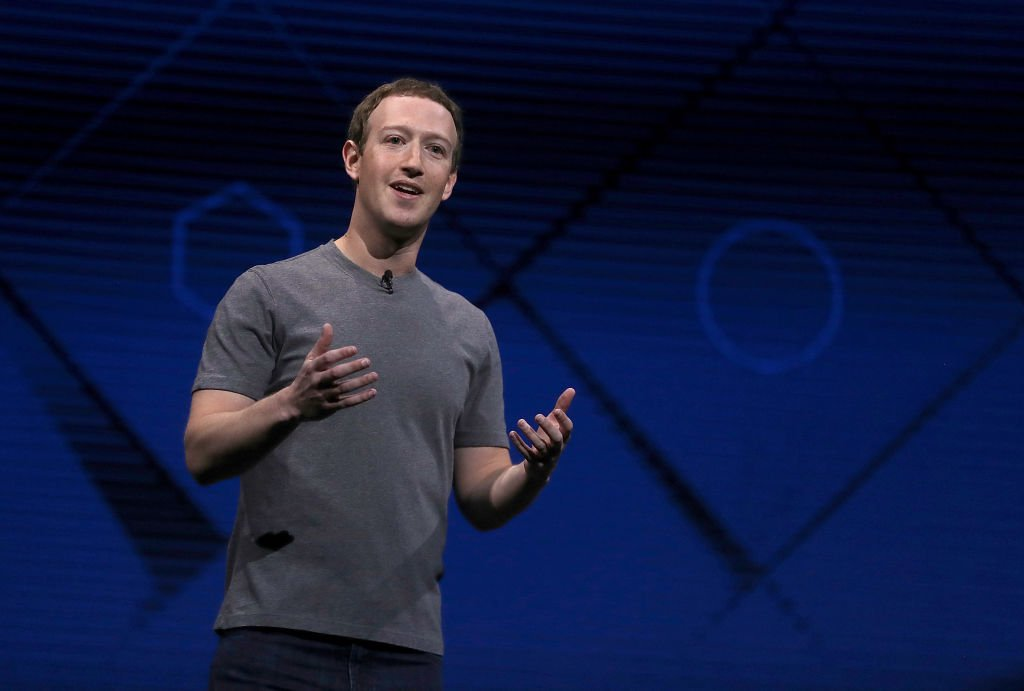Mark Zuckerberg delivers the keynote address at Facebook's F8 Developer Conference on April 18, 2017 at McEnery Convention Center in San Jose, California | Photo: GettyImages