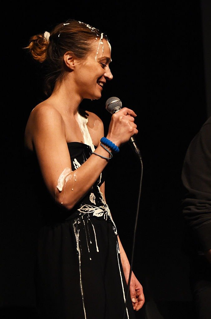 """Fiona Apple performs onstage at the Film Independent Live Read of """"Dr. Strangelove"""" with guest director Mark Romanek at the Bing Theatre at LACMA on January 21, 2016   Photo: Getty Images"""