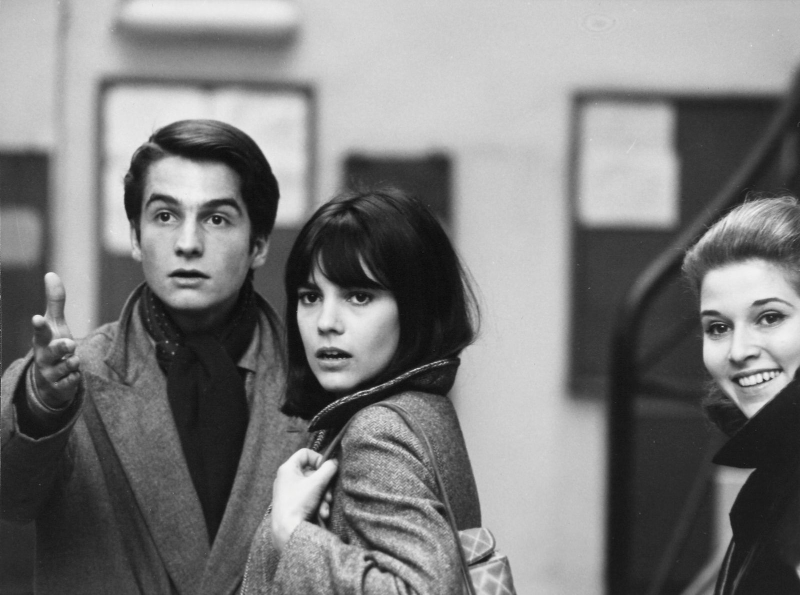 "Jean-Pierre Leaud, Chantal Goya, Catherine Isabelle Duport dans ""Masculin Feminin"" 1966. 