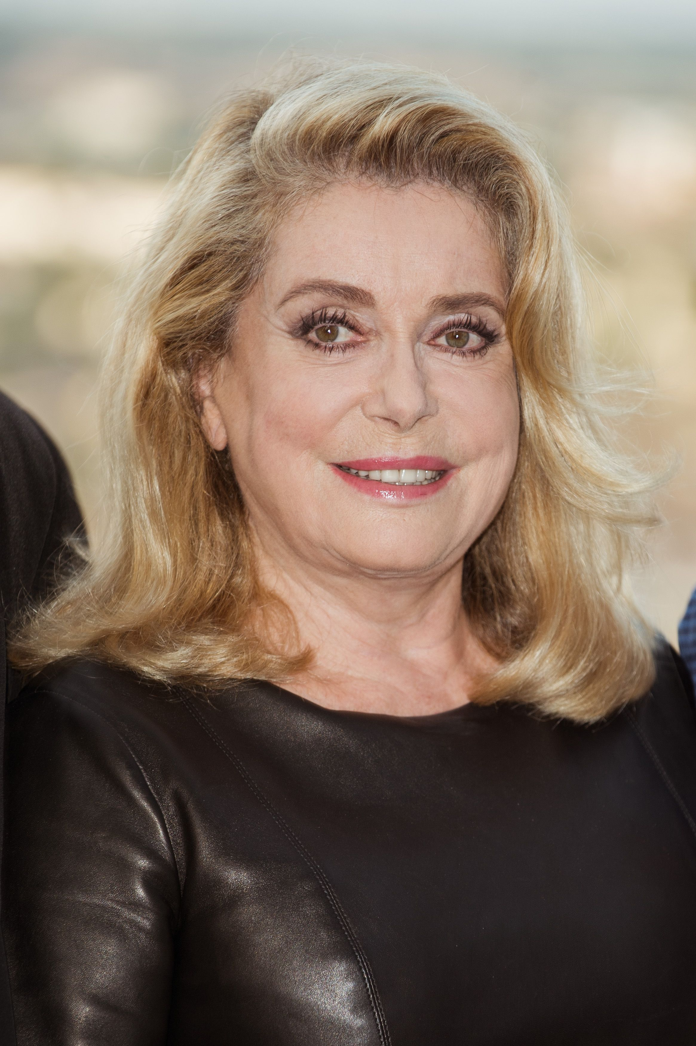 Catherine Deneuve participe au 10e Festival du film francophone d'Angoulême à Angoulême, France. | Photo : Getty Images