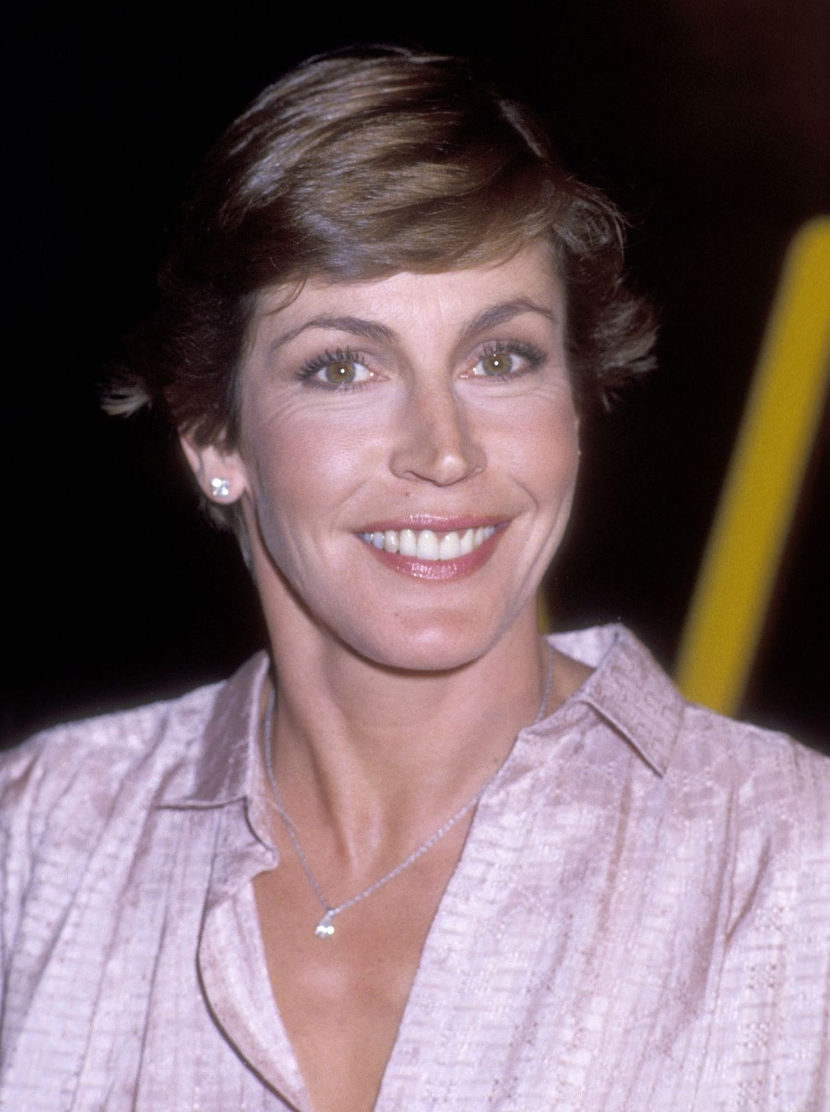 "Helen Reddy en el estreno de Hollywood de ""El síndrome de China"" el 6 de marzo de 1979. 