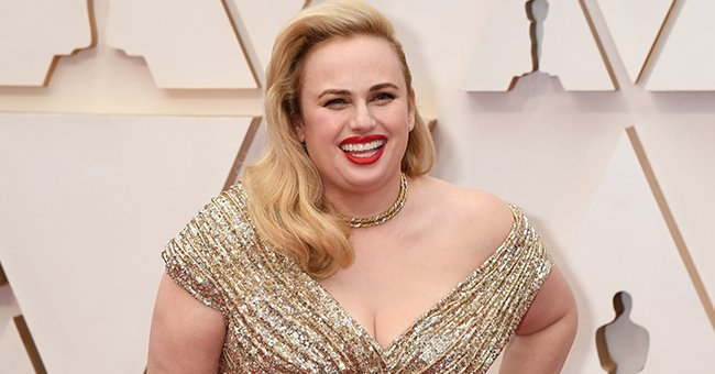 Rebel Wilson's Stuns Fans by Posing in Fitting Green Outfit after Her Dramatic Weight Loss