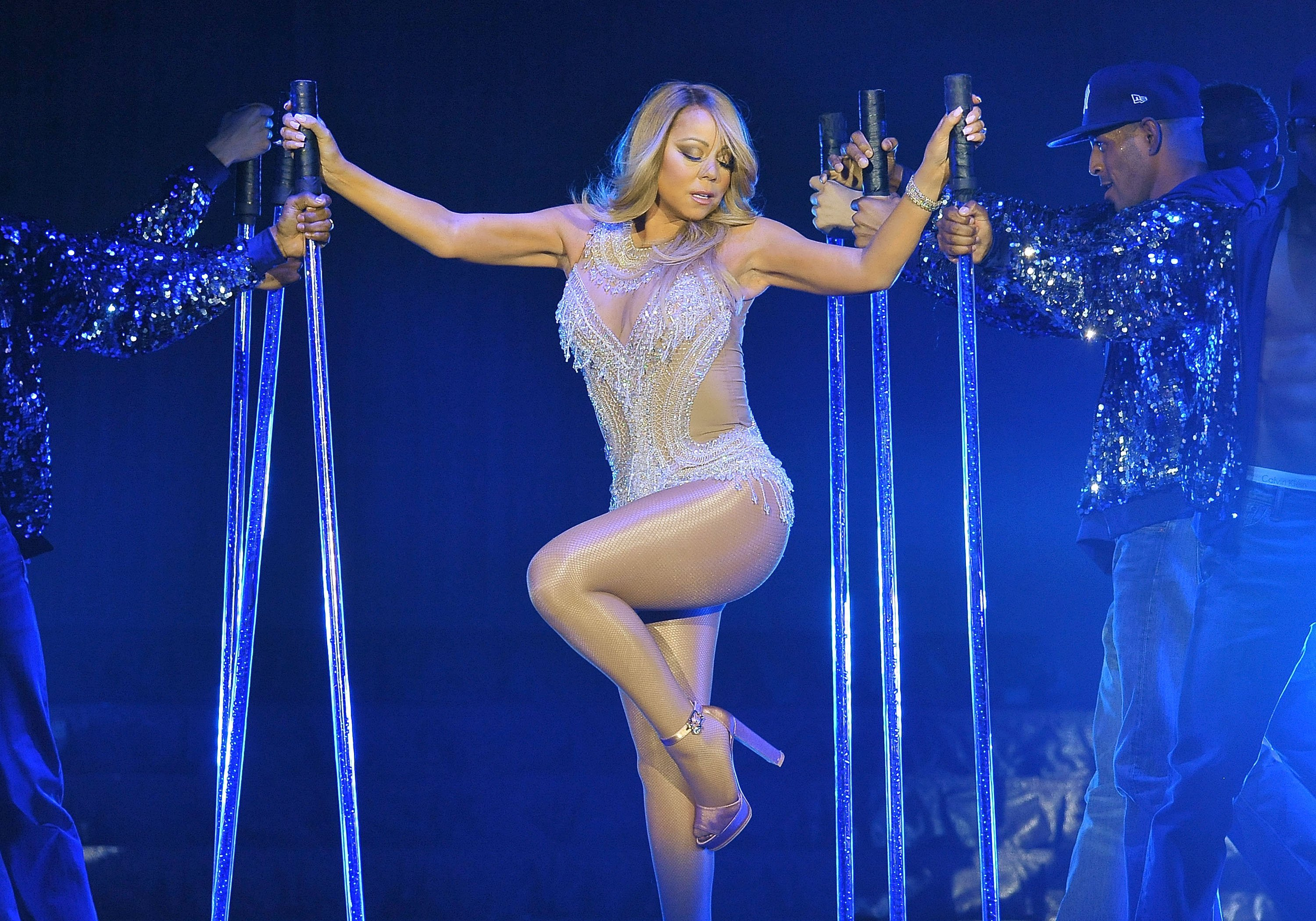 Mariah Carey performs live on stage at The O2 Arena in London, England on Mar. 23, 2016 | Photo: Getty Images