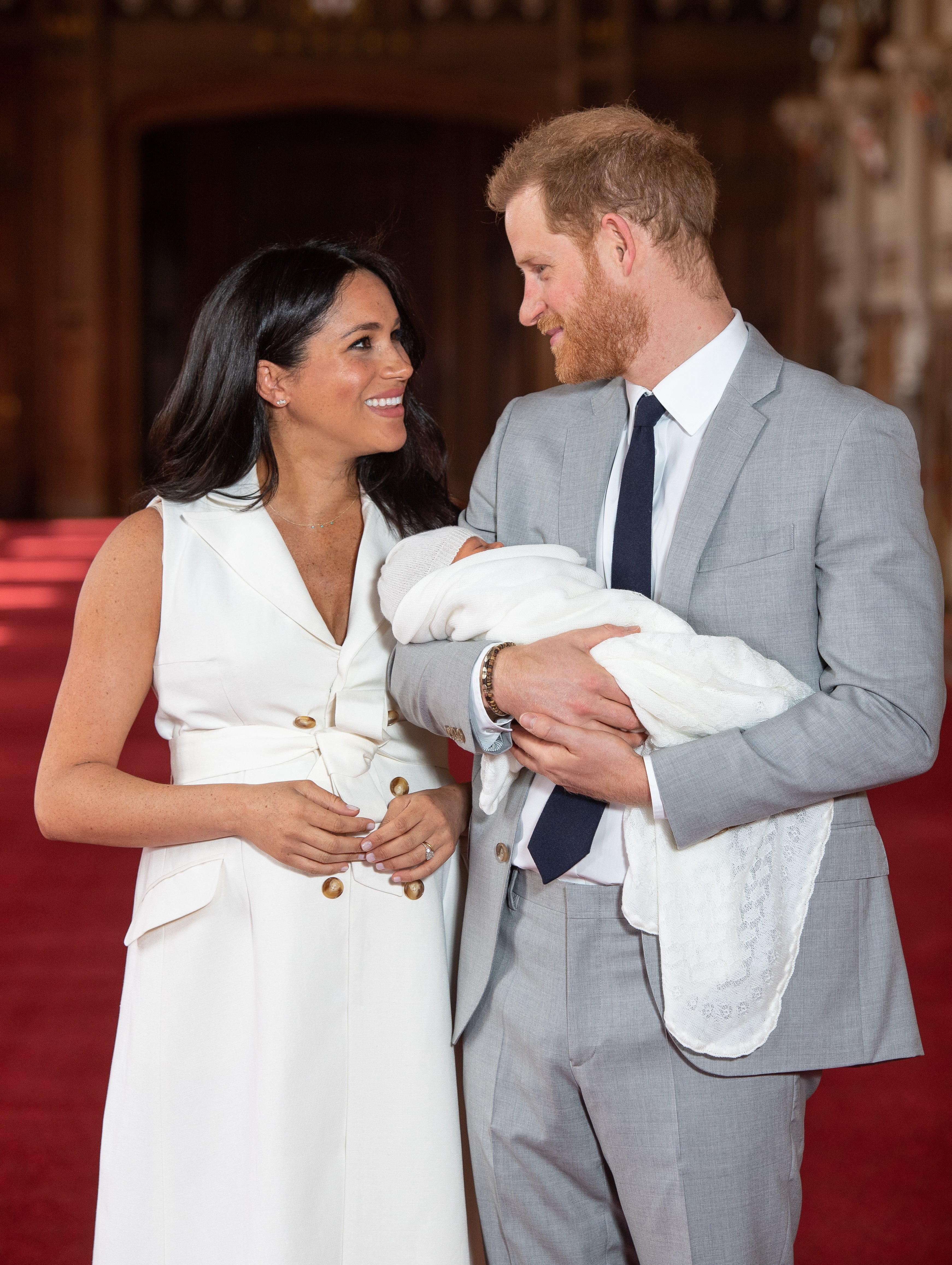 Meghan Markle and Prince Harry take first photos with their newborn son on Wednesday May 8, 2019 | Photo: Getty Images
