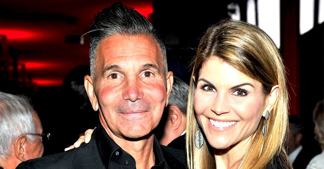 Lori Loughlin and Husband Mossimo Giannulli Reportedly Plan to Have Low-Key 22nd Aniversary Amid College Admissions Scandal
