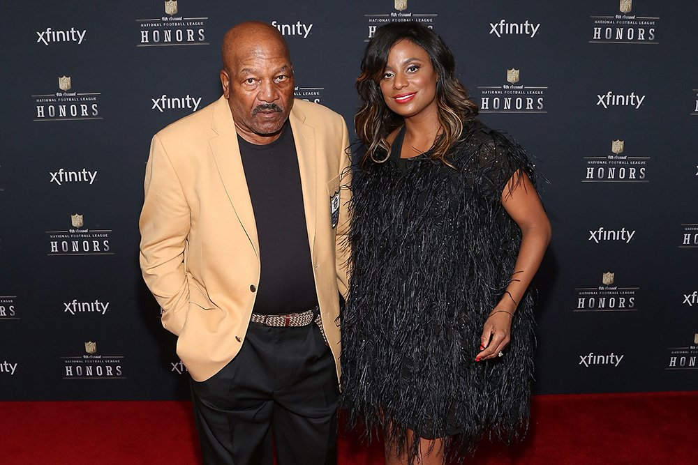 Former Cleveland Browns running back Jim Brown and Monique Brown attend the 2015 NFL Honors at Phoenix Convention Center on January 31, 2015 in Phoenix, Arizona. I Image: Getty Images.