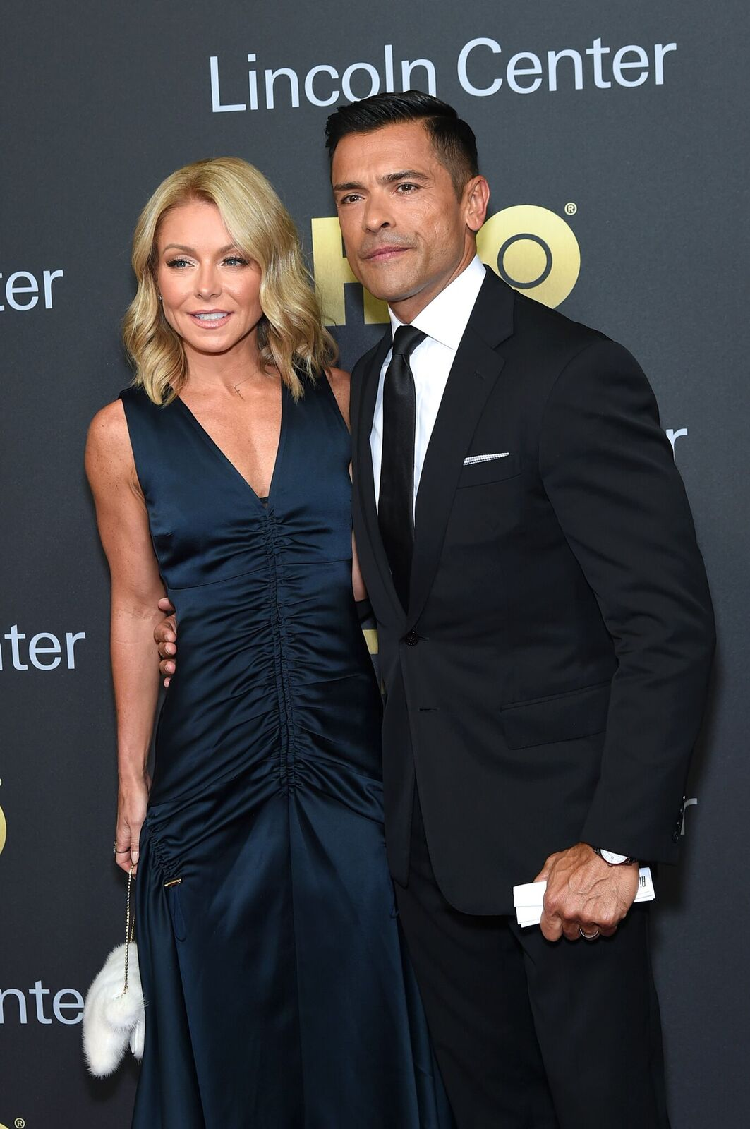 Kelly Ripa and Mark Consuelos at the Lincoln Center's American Songbook Gala on May 29, 2018, in New York City | Photo: Getty Images