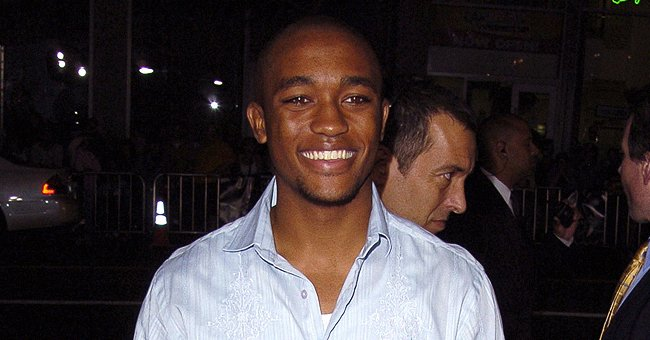 A picture of a grinning Lee Thompson Young | Photo: Getty Images