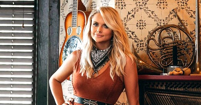 Miranda Lambert Opens up about Colorful Life, Freaky Fans & Great Advice from Dolly Parton in Radio Broadcasters Convention