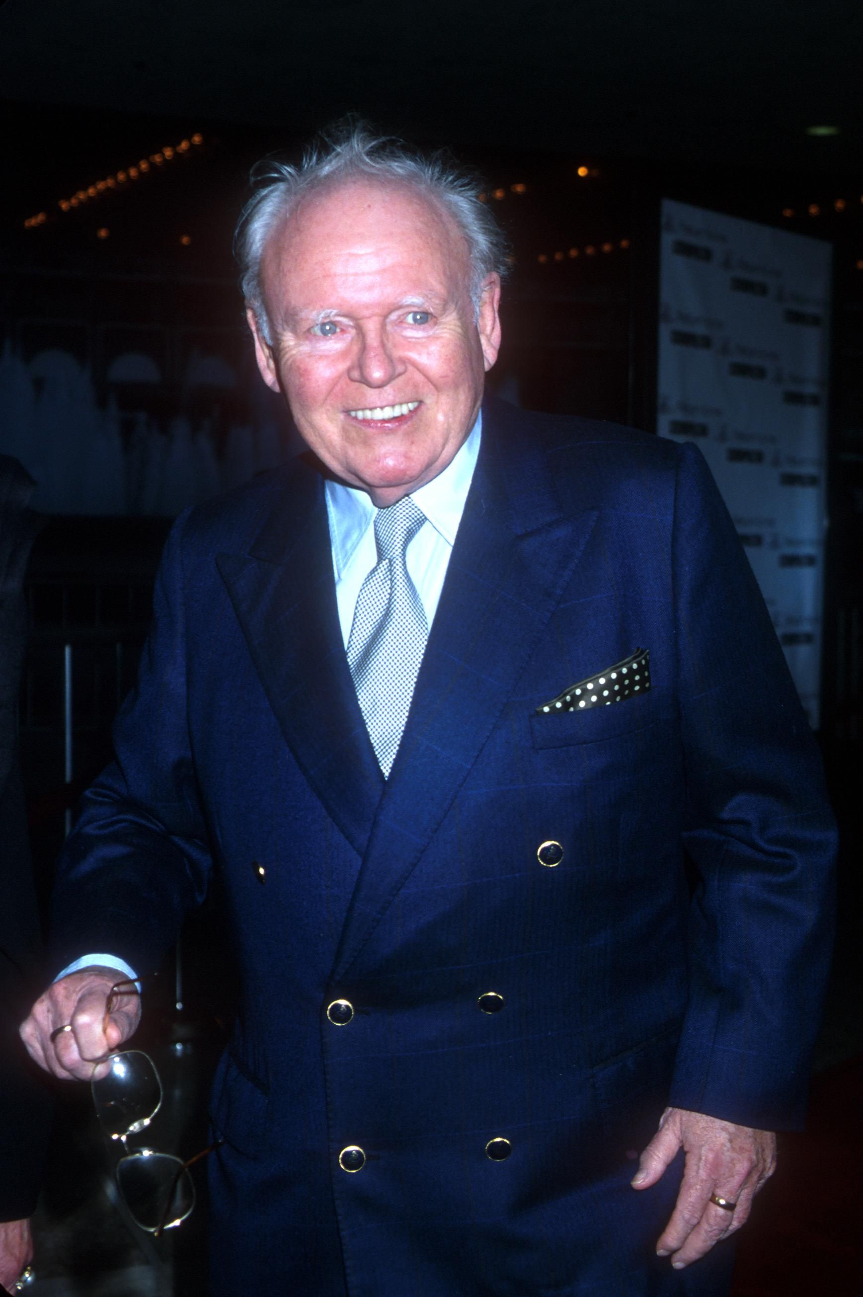 """Carroll O''Connor at the Los Angeles premiere of the new movie """"Return to Me"""" in Century City, California, April 3, 2000   Photo: Getty Images"""
