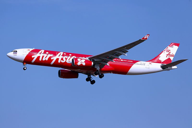 Un avion d'Air Asia en plein vol | Photo : Wikipedia
