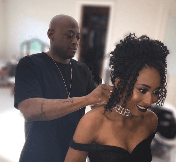 Photograph of Omar Epps helping his daughter Aiyanna Epps get ready for prom.   Source: Instagram/lovekeishaepps