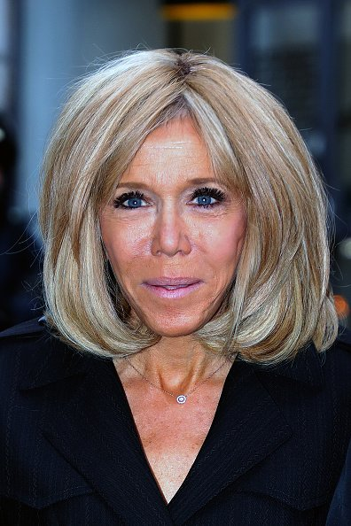 La Première Dame française Brigitte Macron arrive à l'école Lamartine le 09 octobre 2019 à Paris, France. | Photo : Getty Images