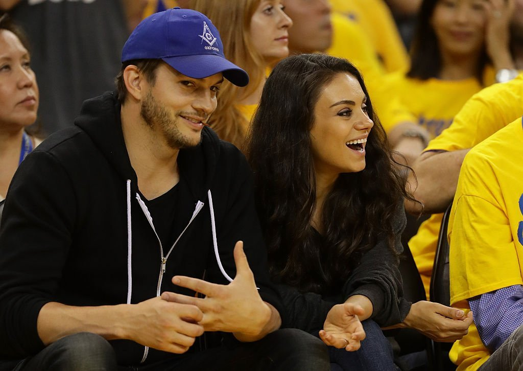 Ashton Kutcher and Mila Kunis at Game 2 of the 2016 NBA Finals  on June 5, 2016 | Photo: GettyImages