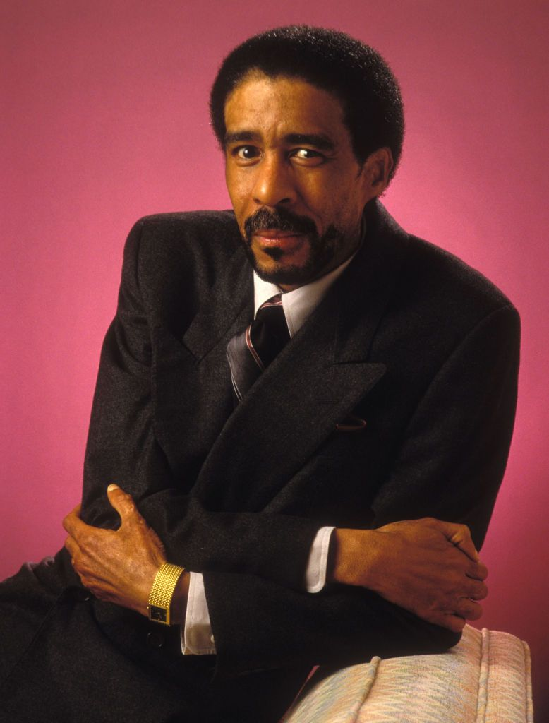 Richard Pryor at a photo session at the Beverly Hills Hotel on January 07, 1987 | Photo: Getty Images