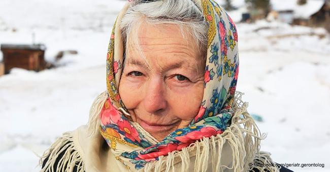 Abuela de 77 años muestra su increíble talento para el patinaje en un lago congelado
