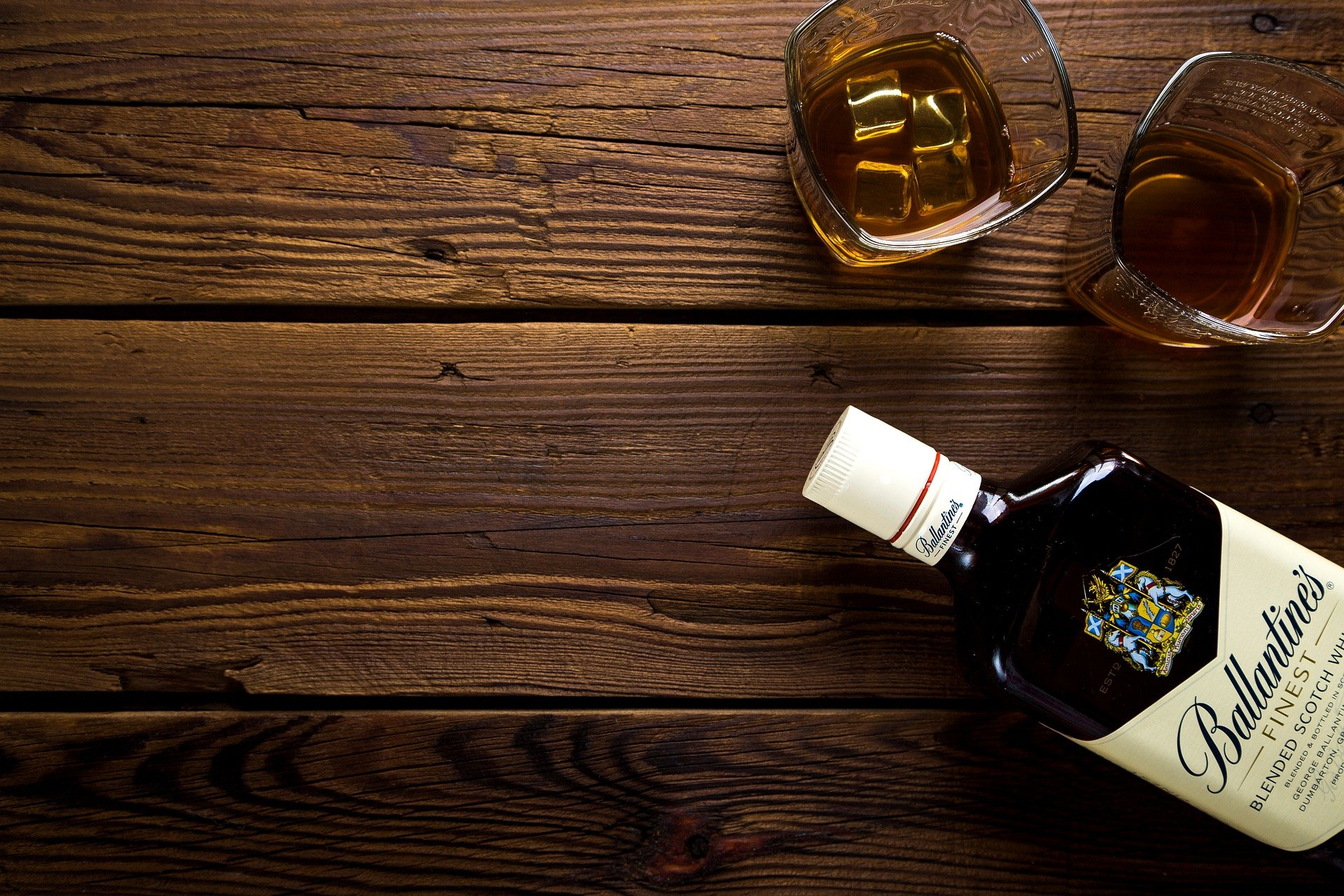 The whiskey really worked in his favor!   Photo: Pixabay/Дарья Яковлева
