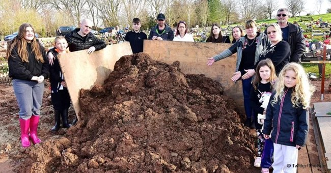 Family Outraged as They Discover Huge Pile of Mud Dumped on Their Beloved Dad's Grave