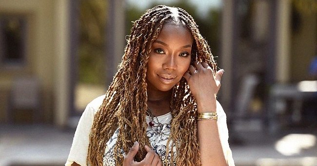 Brandy's Daughter Sy'Rai Looks like Her Mom in New Selfies Flaunting Her Braids & Glowing Skin
