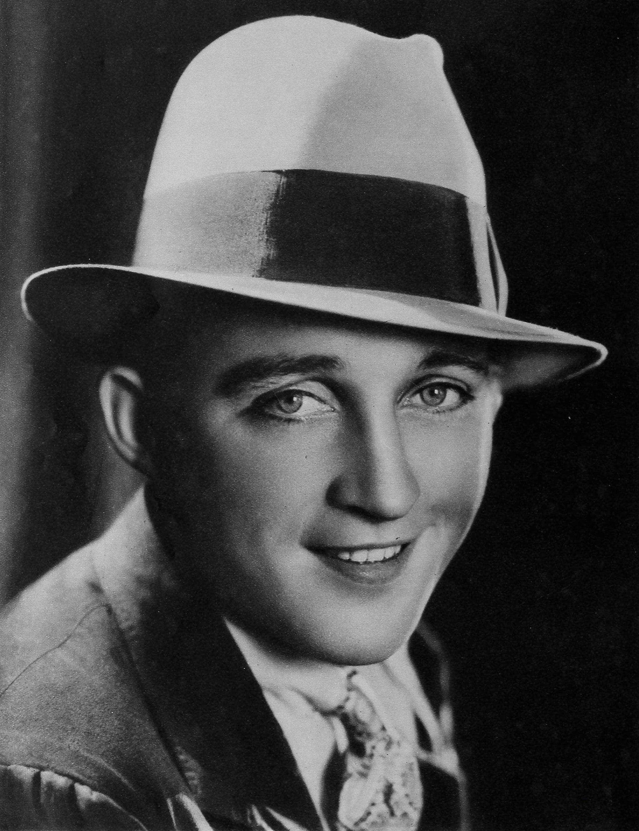 Bing Crosby in 1932. | Source: Wikimedia Commons